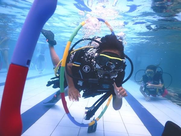 Kids Underwater - image DSCN1703_Vivid_ful on https://www.kids-diving.com
